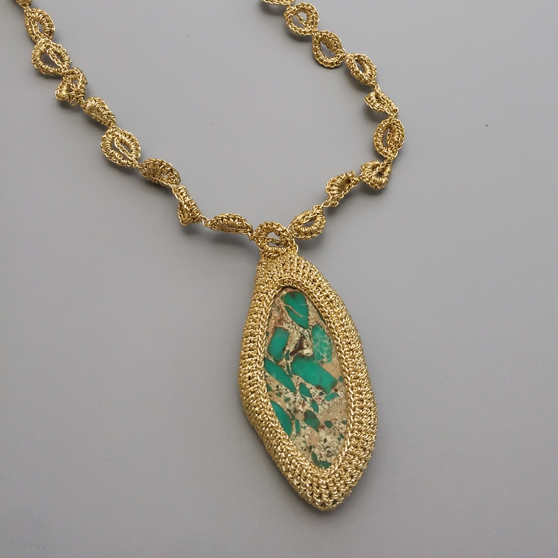 Jaspers Bold Gold Emeralds Crystals Earriings Pendant /& Necklace