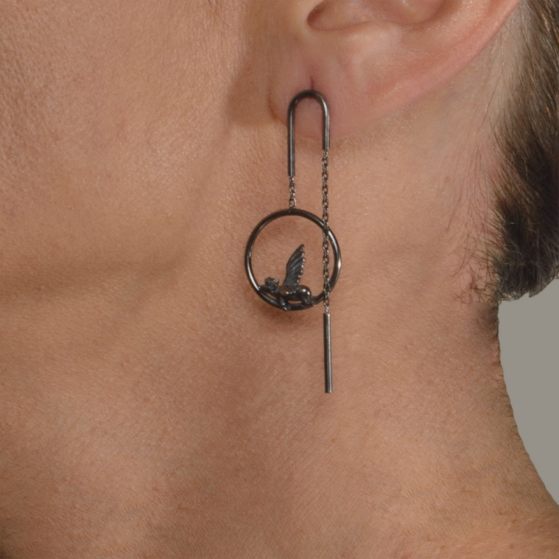 Asymmetric earrings with flying pig - Bizar Concept -  Eclectic Artisans